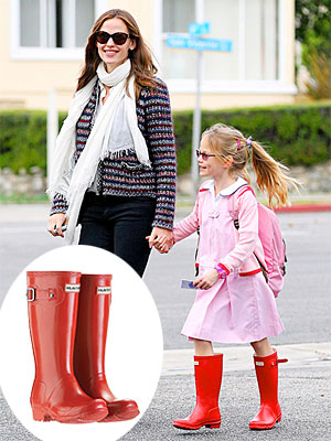 Violet Affleck Hunter Red Boots Found